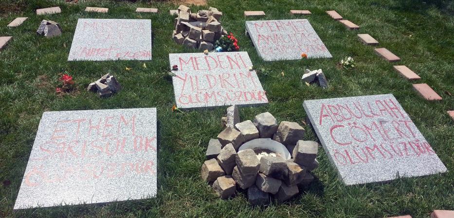 Gezi-Park-Grabsteine